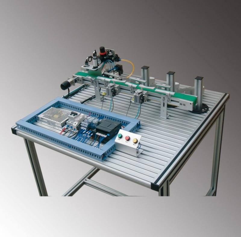 产品概述   1,皮带传输实训装置由传动装置,检测装置和搬运装置